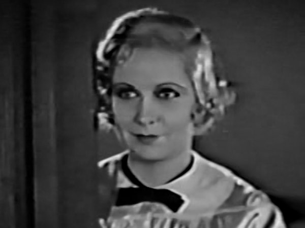 Betty Henderson actress