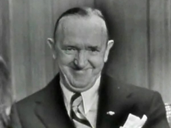http://lordheath.com/web_images/stan_laurel___this_is_your_life.jpg